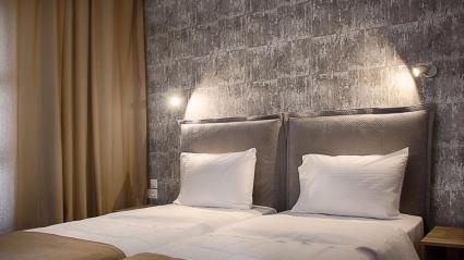 TWIN BED HEADBED ΚΡΕΒΑΤΙ ΚΡΕΒΑΤΟΚΑΜΑΡΑ ΥΦΑΣΜΑΤΙΝΟ ΚΡΕΒΑΤΙ